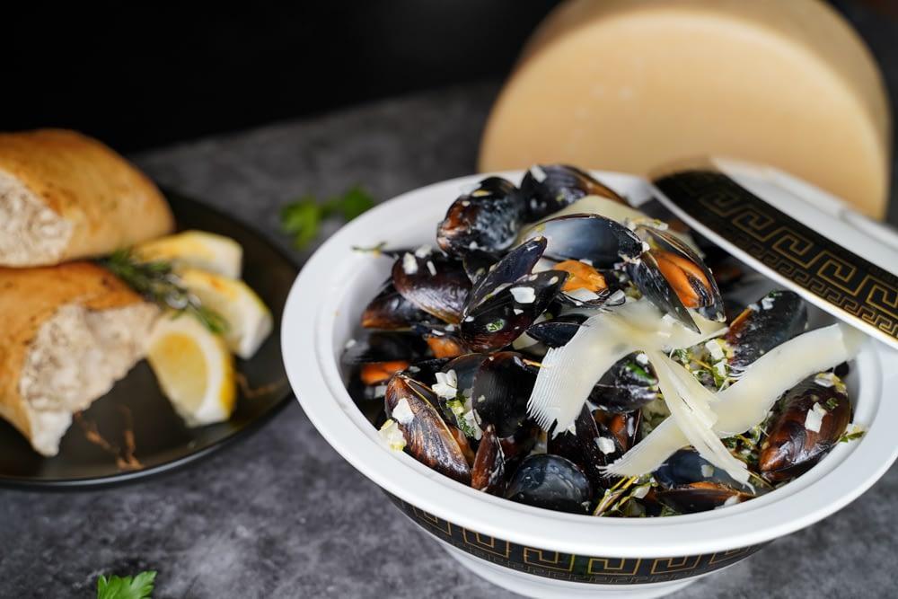Cordo.22 Restoranas-Viešbutis Panevėžyje | Vieta skaniai pavalgyti, apsistoti, praleisti laiką gamtos apsuptyje | Specialūs patiekalai - Midijos